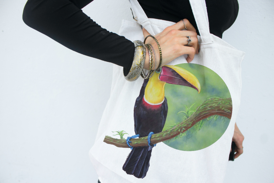 Tote bag with Ramphastos ambiguus, Yellow Throated Toucan illustration printed on